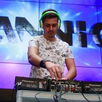 Deejay-DJ-FIM-Fiera-Internazionale-della-Musica-dei-musicisti-e-degli-strumenti-musicali-FIMFiera187